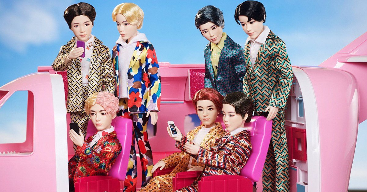 Mattel previews its BTS fashion dolls and UNO card game 19