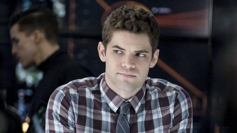 Jeremy Jordan is returning to Supergirl as Winn Schott in season 5 12