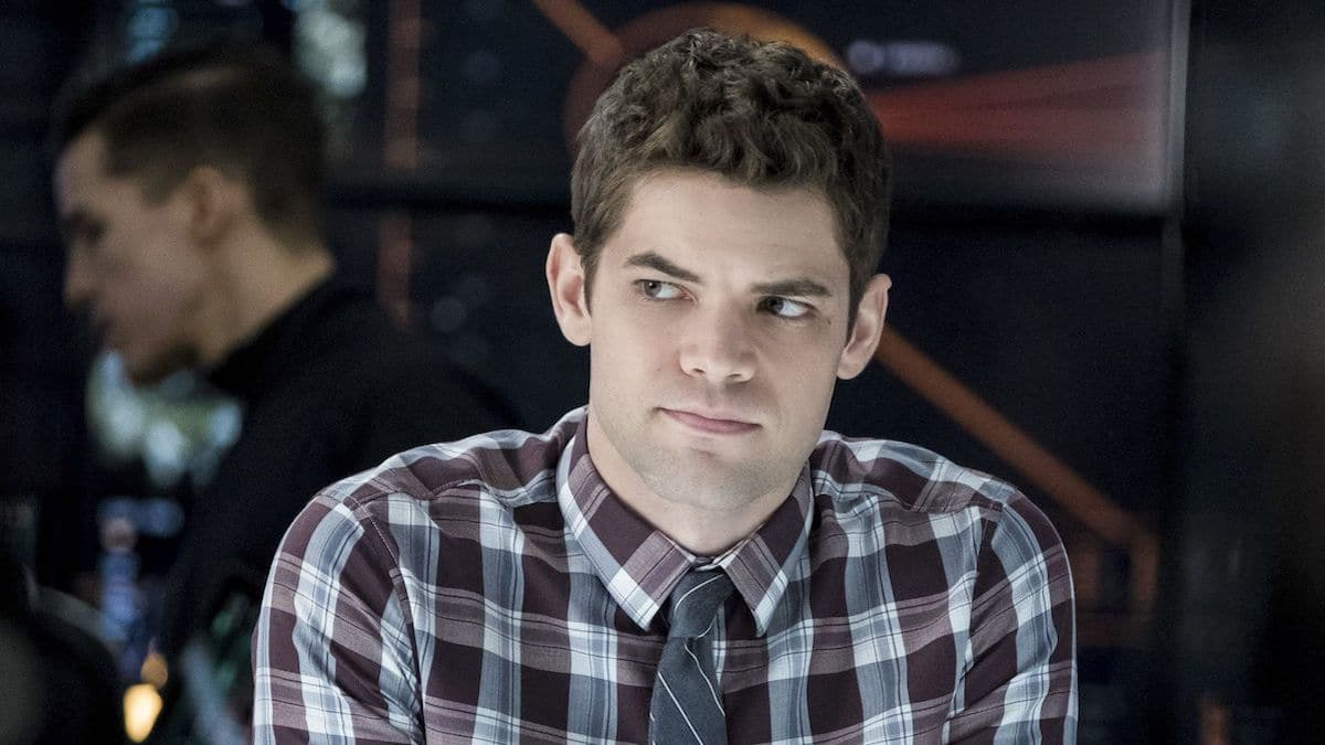 supergirl winn 364x205 - Jeremy Jordan is returning to Supergirl as Winn Schott in season 5