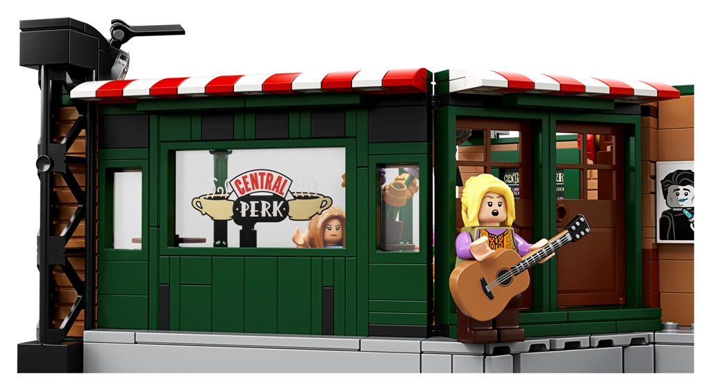 21319 back 03 728x409 - This LEGO replica of Central Perk café is a must-have memorabilia for Friends fans