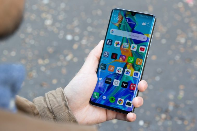 Here's the official list of Huawei phones getting the EMUI 10 update 16