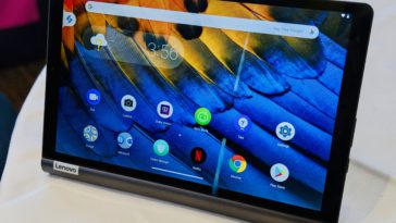 Lenovo's Yoga Smart Tab is an Android tablet that doubles as a smart display 16