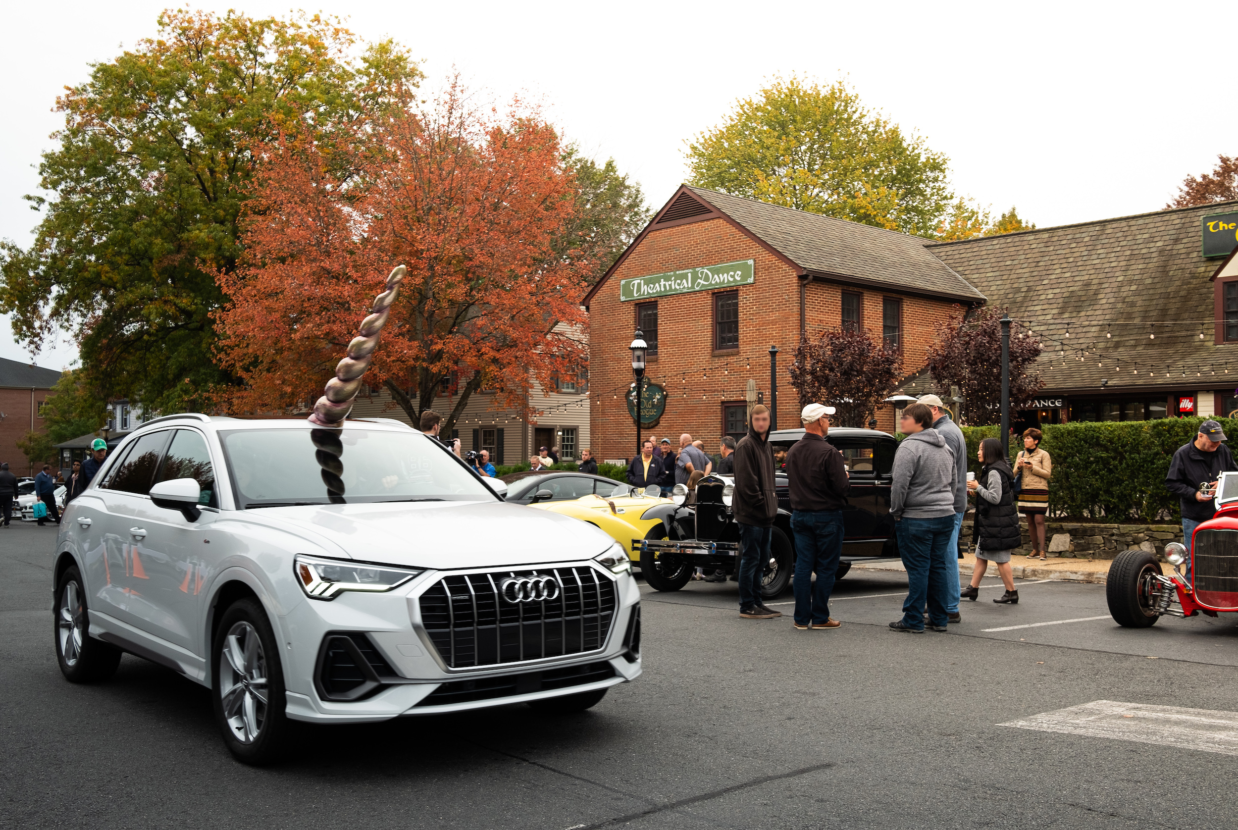 Audi brings the Audi Q3 unicorn inspired social media post to life for those who Hold Nothing Back 6288 1024x686 - Audi Q3 celebrates Halloween by dressing as a unicorn