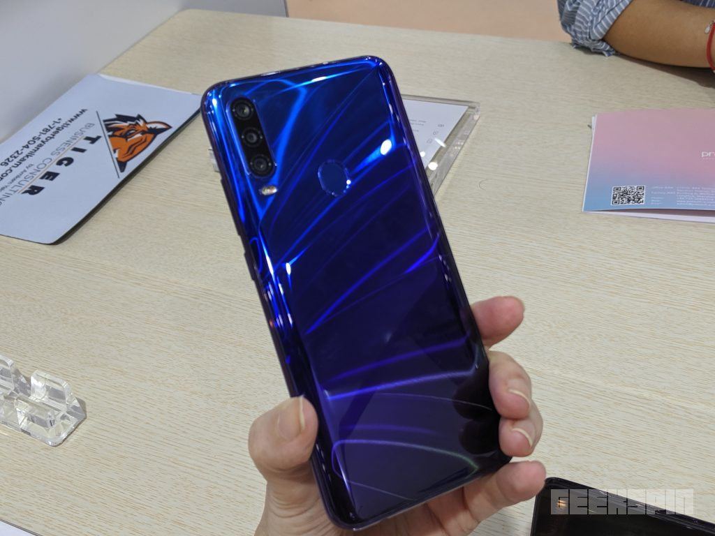 108MP camera smartphone spotted in the wild 15