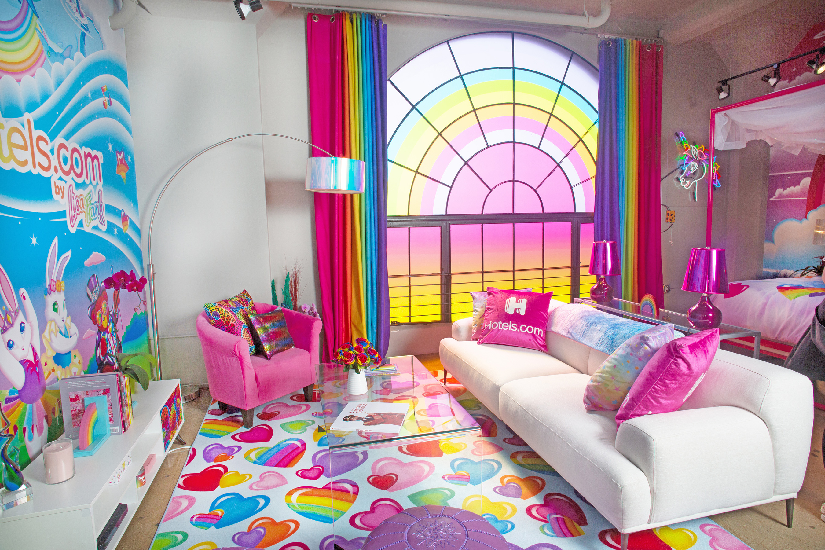 Lisa Frank themed penthouse is the ultimate dream room of every '90s girl 14