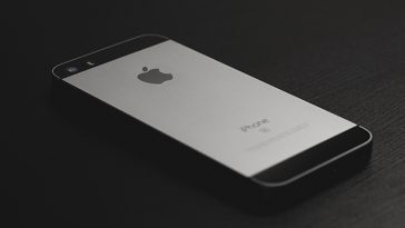 iPhone 5 users must update before November 3rd or their phones will become unusable 15