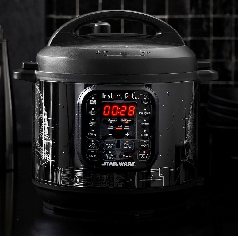 Williams Sonoma's Star Wars Instant Pots are inspired by Darth Vader, BB-8, and more 16