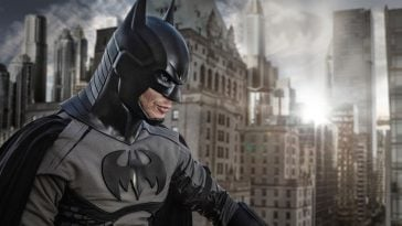 Jensen Ackles asBatman 364x205 - Here are the best costumes that celebrities wore this Halloween