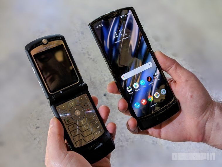 Motorola warns future Razr owners to handle it with care 12