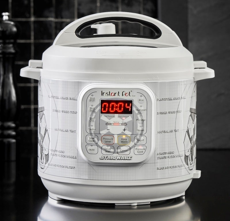 Williams Sonoma's Star Wars Instant Pots are inspired by Darth Vader, BB-8, and more 17