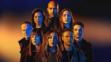 Agents of SHIELD unveils a first-look photo at the show's main cast for Season 7 17
