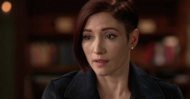 Supergirl star Chyler Leigh opens up about her bipolar diagnosis 17