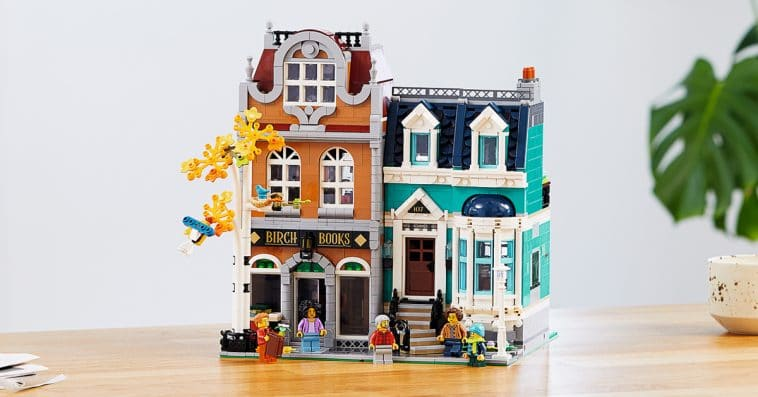 This LEGO bookshop and town house set is inspired by the quaint houses of Amsterdam 10