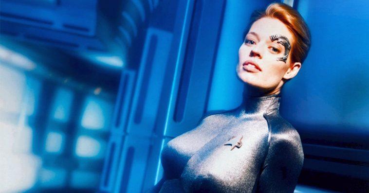A new teaser for Star Trek: Picard puts the spotlight on Jeri Ryan's Seven of Nine 12