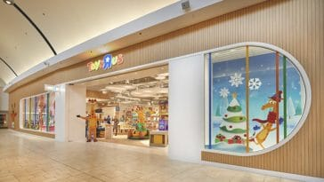 Toys R' Us reopens first store in New Jersey 15