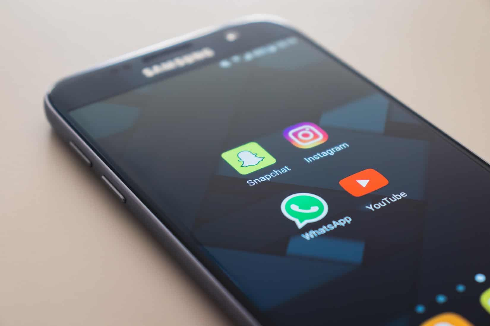 FTC moves to stop Facebook from merging with Instagram and Whatsapp 13