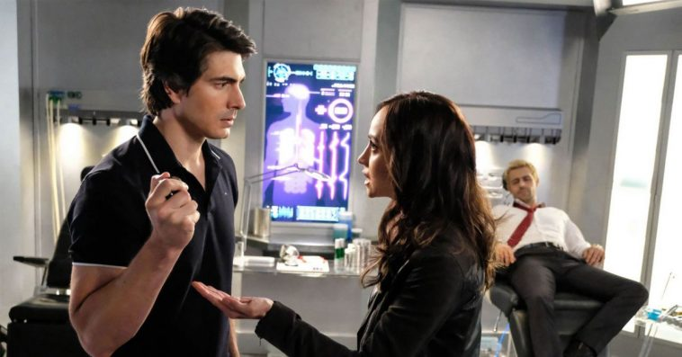 Legends of Tomorrow star Caity Lotz talks about Brandon Routh and Courtney Ford's exits 11