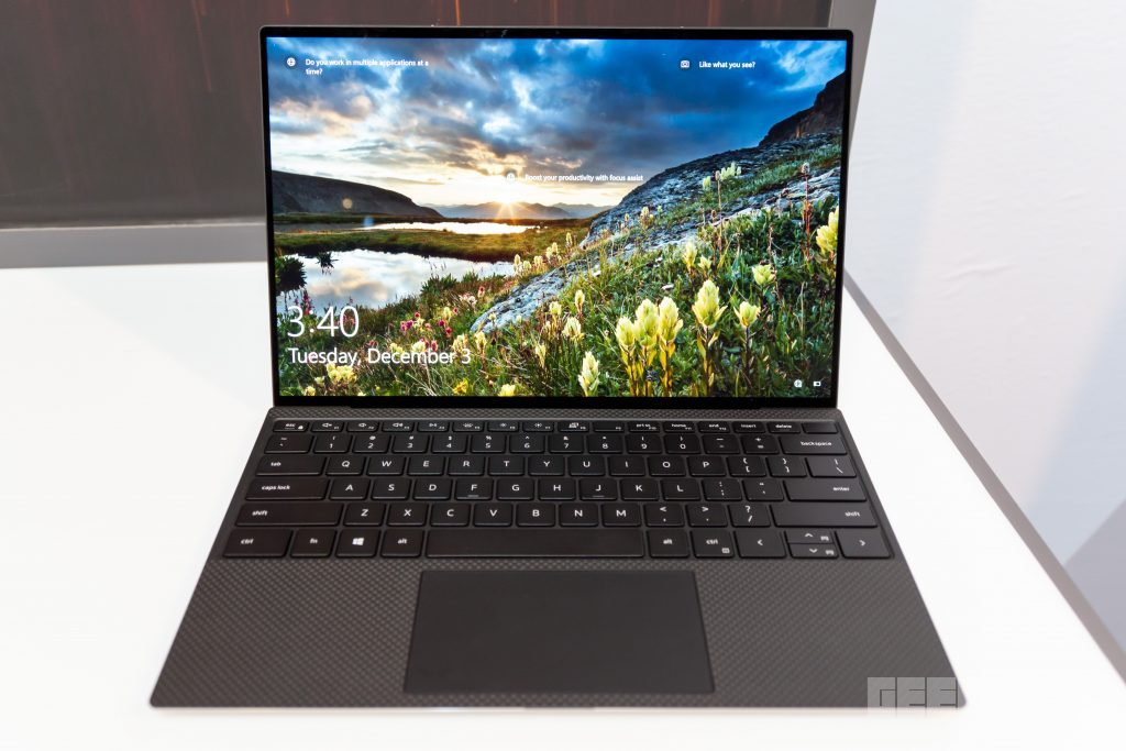 The Dell XPS 13 now has an almost bezel-less display on all sides 11