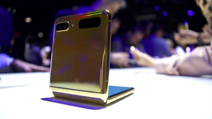 The Samsung Galaxy Z Flip could be the first great foldable phone 12