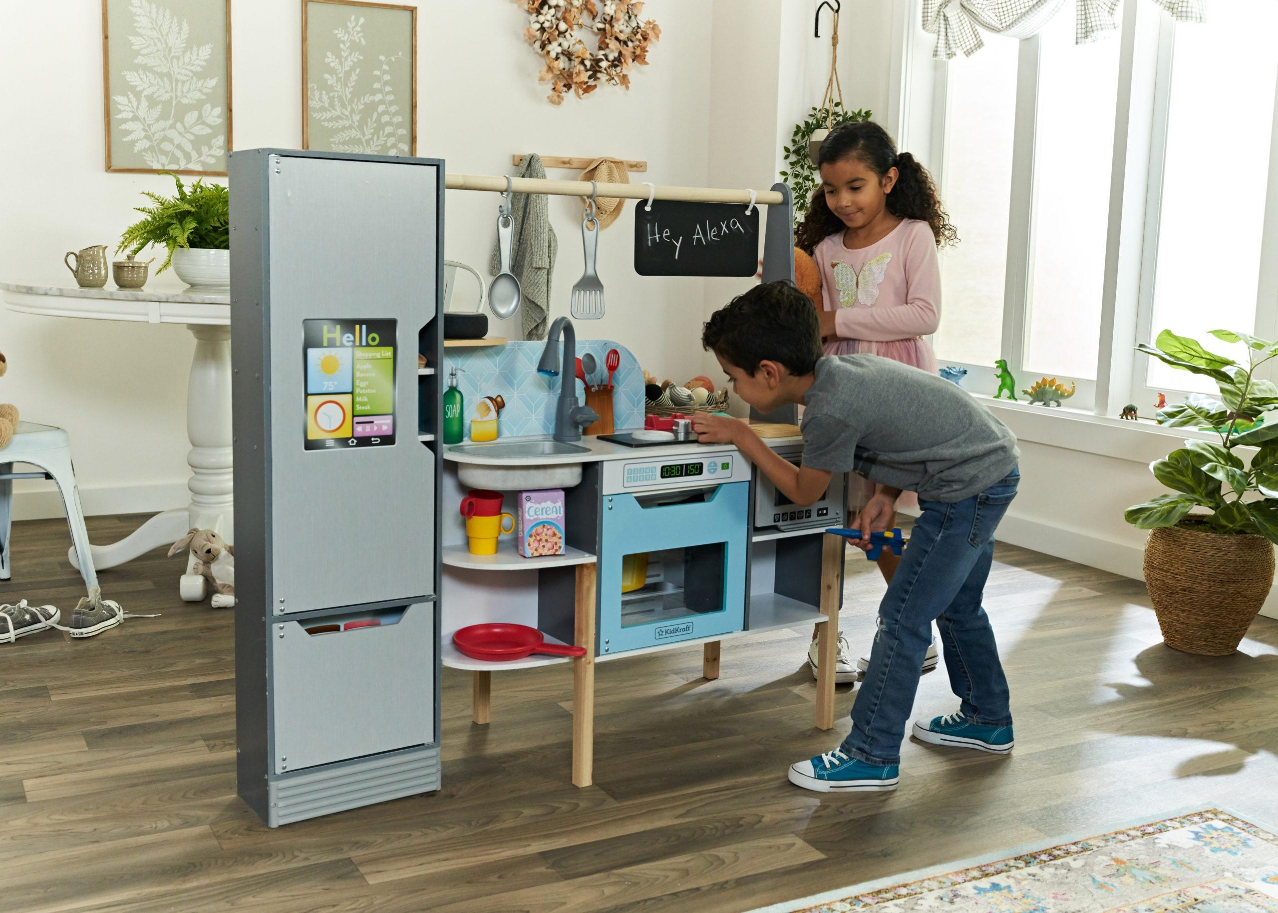 This interactive children's kitchen set comes with Alexa 15