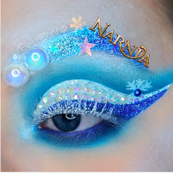 Incredible Disney-inspired eye and lip makeup 25