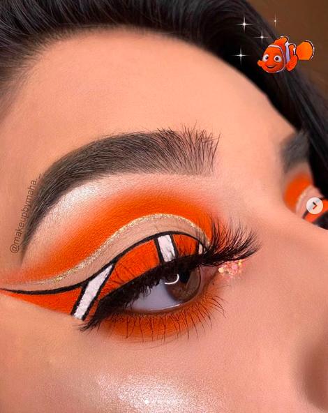 Incredible Disney-inspired eye and lip makeup 31
