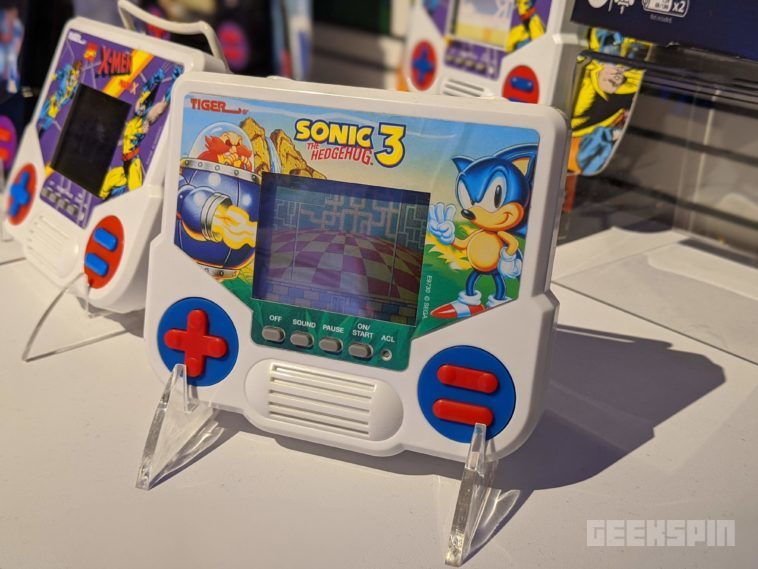 Tiger Electronics classic handheld LCD games are coming back this fall 14