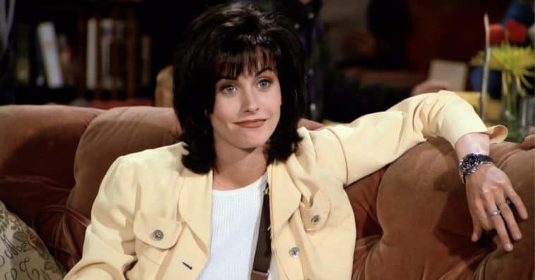 Friends star Courteney Cox is binge-watching the hit comedy series while in quarantine 20