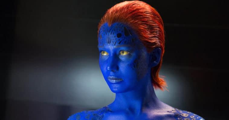 X-Men star Jennifer Lawrence restrains an intruder at her L.A. home 11