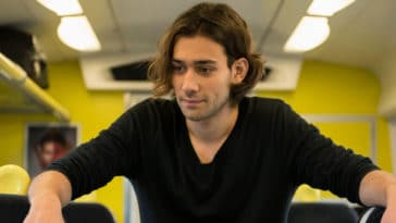 Amazon's The Lord of the Rings casts Doctor Who actor Maxim Baldry 21