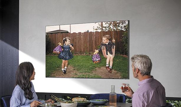 Samsung's 2020 QLED TV lineup includes a bezel-less TV 19