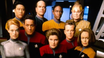 Star Trek: Voyager cast reunited ahead of documentary 15