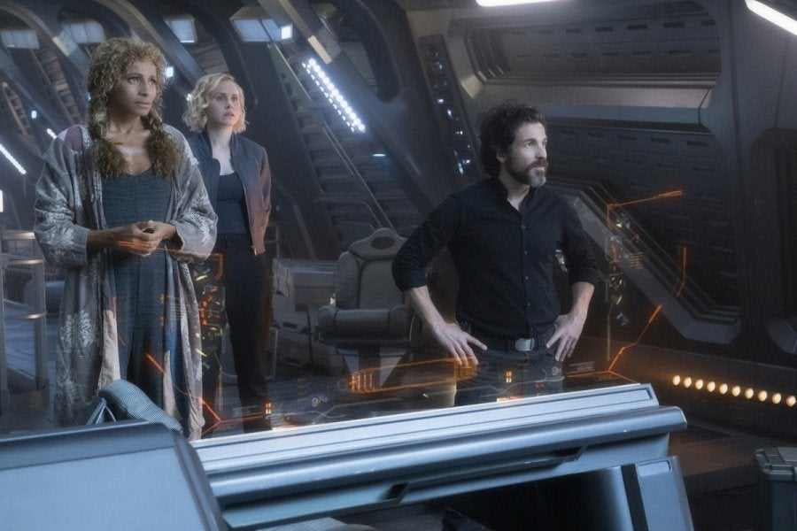 Picard reunites with Riker and Troi in Star Trek: Picard episode 7 photos 20
