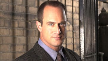 Chris Meloni is returning to Law and Order and fans are freaking out 19
