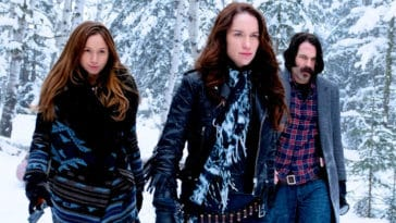 Wynonna Earp cast teases Season 4 at HomeCon 14