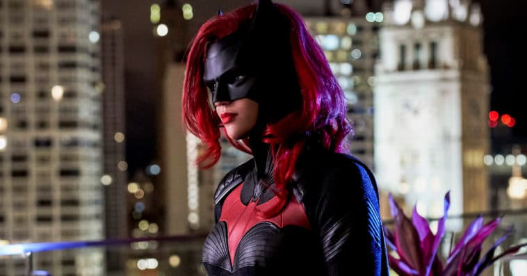 Batwoman showrunner reveals how the COVID-19 pandemic affected the Season 1 finale 12