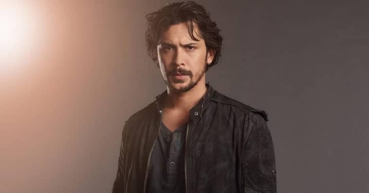 Here's why Bellamy will be missing from season 7 of The 100 18
