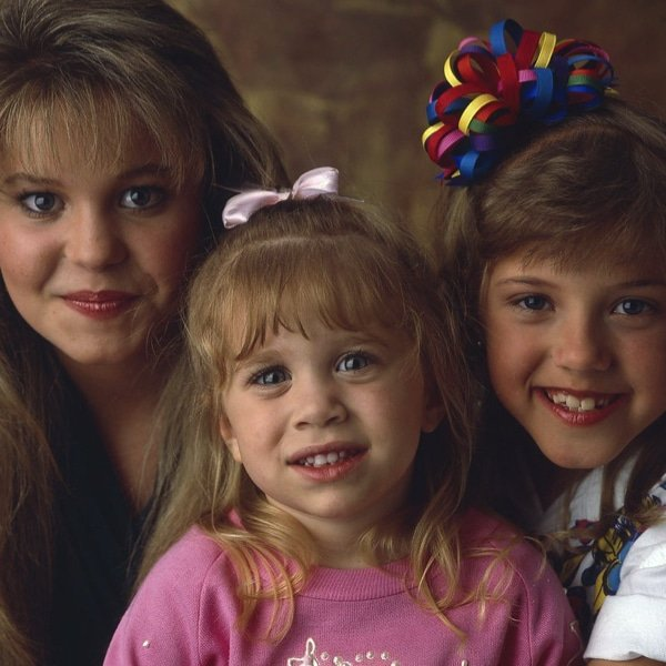 "What are the names of Danny Tanner's daughters in ""Full House""? 22"