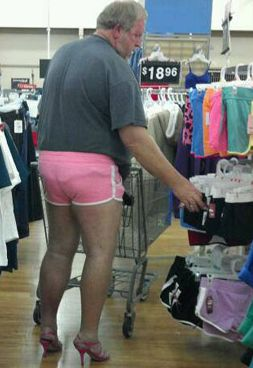 People who went grocery shopping in ridiculous outfits 16