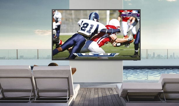 Samsung's Terrace TV is made for the outdoors 14