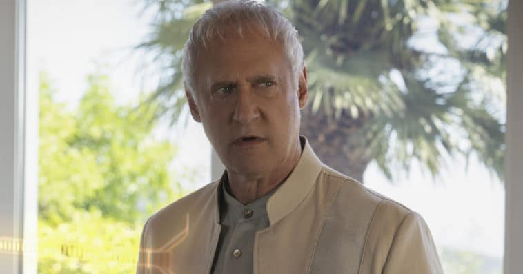 Brent Spiner likely to return to Picard in season 2 11
