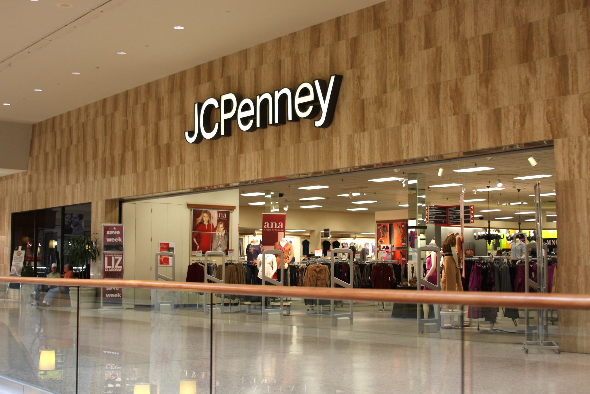 Retail stores that are closing down 23