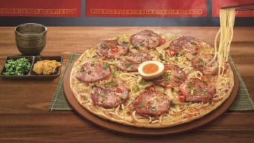 Ramen pizza is a real thing and it looks surprisingly tasty 15