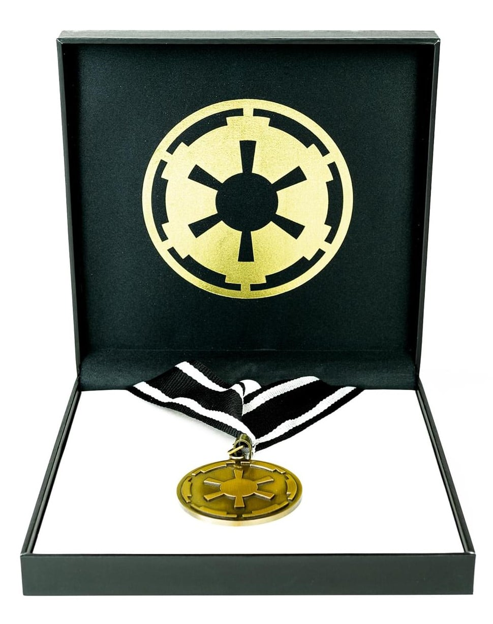 The Mandalorian cog necklace and Baby Yoda enamel pin are now available at Toynk 15