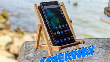 Win a TCL 10 Pro smartphone! 12
