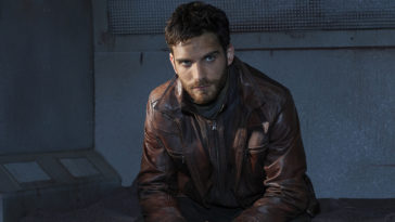 Agents of SHIELD star Jeff Ward talks about Deke Shaw's rock-star ending 13