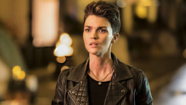 Batwoman's Ruby Rose says her on-set injury and soul-searching led her to leave the series 23