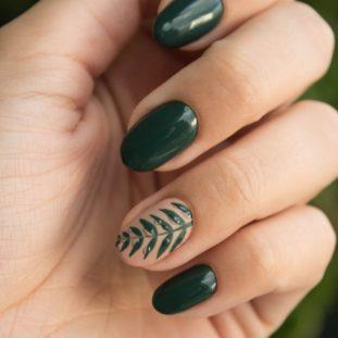 Green Leaf Nails 64