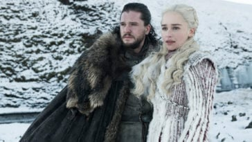 Game of Thrones' Emilia Clarke reveals her male co-stars had 'cooling systems' in their costumes 13