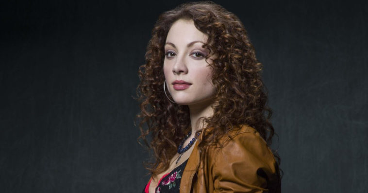 Batwoman season 2 casts Jessica Jones alum Leah Gibson as The Whisper 12